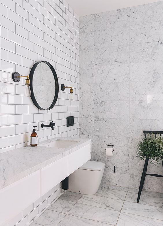 Decoraci n de ba os bathroom decoration for Azulejos blancos bano
