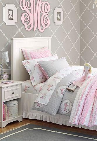 Habitacion juvenil rosa y gris